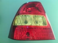 Фонарь задний левый на крыле красно-желтоватый для автомобилей Toyota Corolla zze120L zze121L Европа